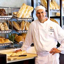 Présentation des pains de traditions présent en vitrine