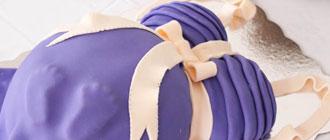 Gâteau en forme de femme enceinte