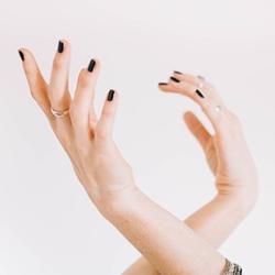 Avoir de belles mains de femme