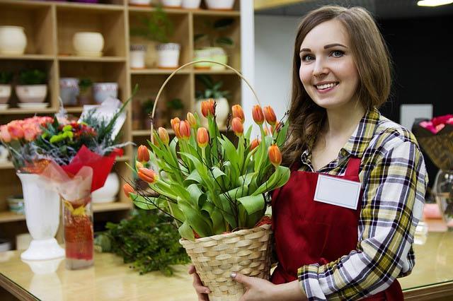 Lancer sa propre boutique de fleur ou travailler comme fleuriste
