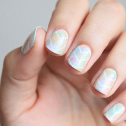 """Exemple d'ongle pastel effet """"galaxie"""""""