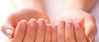 Conseils pour avoir des ongles clairs brillants